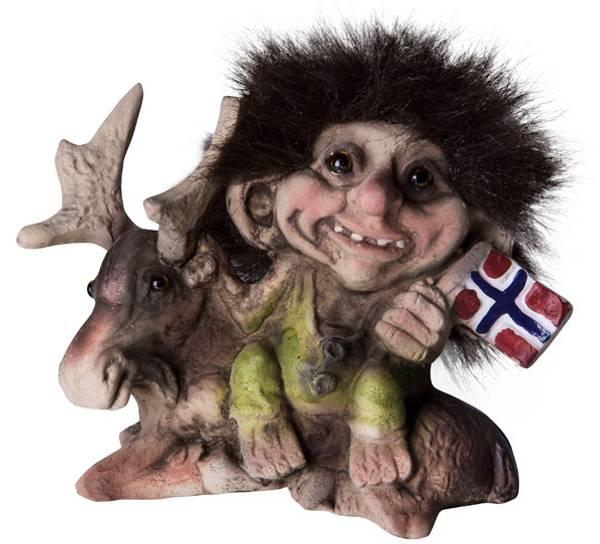 Bilde av Troll med elg og flagg  (Troll nr. 064)
