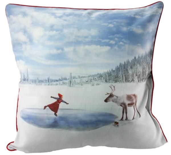 Bilde av Pute med fyll- Anja på skøyter - Juledrømmen